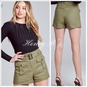 Luxury Linen High-Rise Belted Shorts: SMALL NWT.